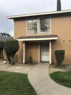 228 N Crenshaw Court, Visalia, CA 93291