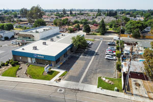 2439 W Whitendale Avenue, Visalia, CA 93277