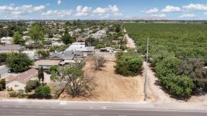 1246 E Visalia Road, Farmersville, CA 93223