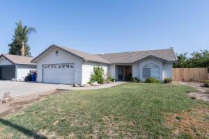1652 W River Avenue, Porterville, CA 93257