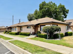 403 N L Street, Dinuba, CA 93618