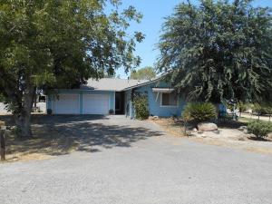 21382 Avenue 184, Strathmore, CA 93267