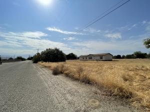 21397 Main Drive, Woodlake, CA 93286