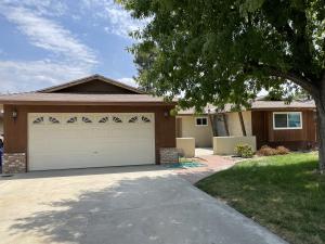 1442 N Westside Street, Porterville, CA 93257