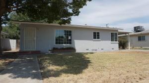 1761 E Sierra Way, Dinuba, CA 93618