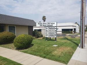 300-350 W Caldwell Avenue, Visalia, CA 93277