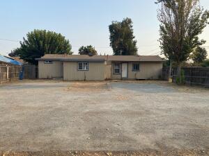402 Vine Street, Exeter, CA 93221