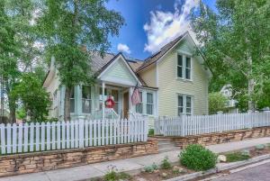 235 N Oak Street, Telluride, CO 81435