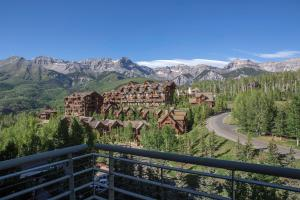 136 Country Club Drive Unit: Ph19 741/743, Mountain Village, CO 81435