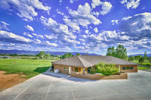 Property for sale at 13080 27.6 Road, Dolores,  Colorado 81323