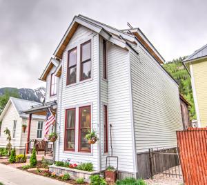 586 West Pacific Avenue Unit: A, Telluride, CO 81435
