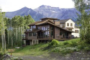 240 Cortina Drive, Mountain Village, CO 81435
