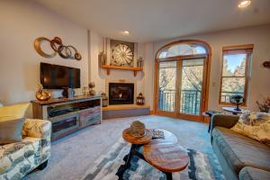 135 San Joaquin Unit: 306a, Mountain Village, CO 81435
