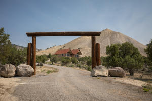 71201 Winchester Trail, Montrose, CO 81403