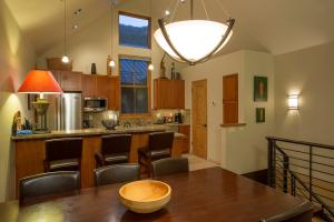 240 S Mahoney Drive Unit: 16, Telluride, CO 81435