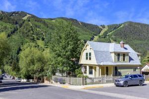 239 N Aspen Street, Telluride, CO 81435