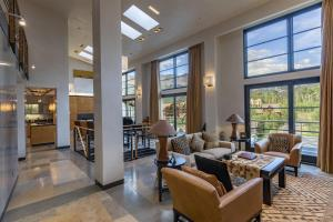 Property for sale at 136 Country Club Drive Unit: PH 9 and 21 (837), Mountain Village,  Colorado 81435