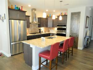 682 W Ridges Boulevard, Out of area, CO