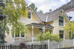 127 N Oak Street Telluride CO 81435