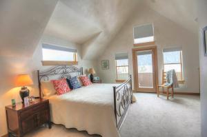 Property for sale at 245 S Sunset Ridge, Telluride,  Colorado 81435