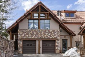 120 Vischer, Pine Meadows #137 Drive Mountain Village CO 81435