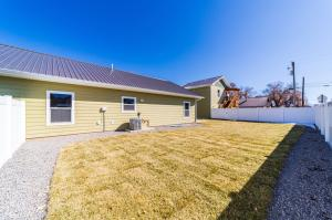 604 S 10th Street Montrose CO 81401