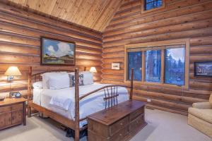 112 Cabins Lane Mountain Village CO 81435
