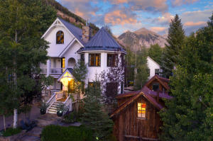 The Queen of Aspen in all of her splendor. Free standing guest bedroom and bath in foreground.