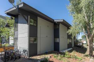 619 W Columbia Avenue Telluride CO 81435