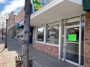 27 N Cascade Avenue Montrose CO 81401