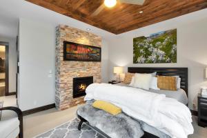 136 San Joaquin Road Mountain Village CO 81435