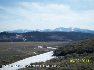 Majestic Mountain Views! Wyoming Range to the West.