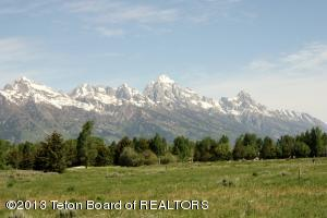 6185 N JUNEGRASS RD, Jackson, WY 83001