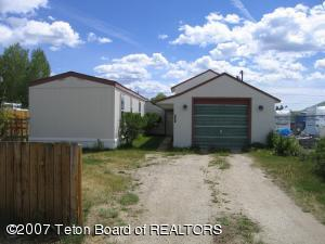 135 S MADISON AVE, Pinedale, WY 82941