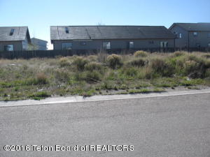 367 S COLTER AVE, Pinedale, WY 82941