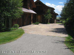 9495 RIVER RIM RANCH RD, 2, Tetonia, ID 83452