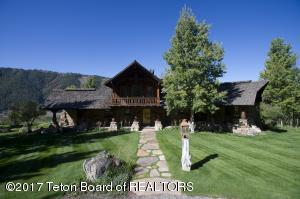 13675 S RIVER BEND RD, Jackson, WY 83001