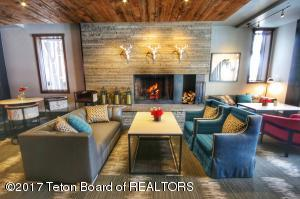 3325 W VILLAGE DR, 469, Teton Village, WY 83025
