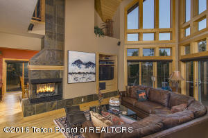 6460 BOUQUET SPRINGS LN, Victor, ID 83455