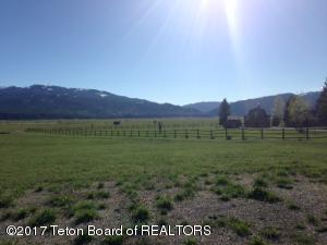 LOT 4 MOUNTAIN VIEW CIR, Alpine, WY 83128