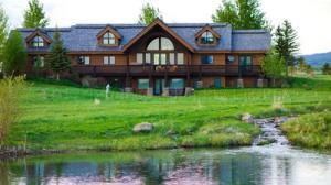 1575 CROOKED CREEK RD, Alta, WY 83414