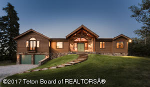 5716 FOREST RIDGE RD, Victor, ID 83455