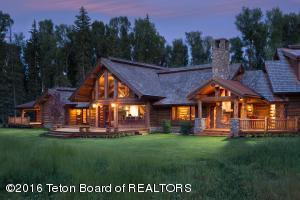 8120/8215 N SPLIT CREEK RD, Jackson, WY 83001