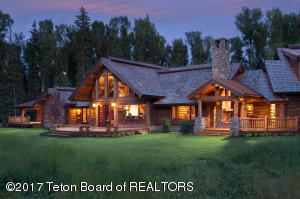 8120 N SPLIT CREEK RD, Jackson, WY 83001
