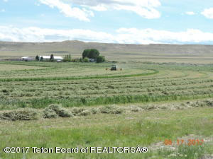 1106 TUNNEL HILL ROAD, Pavillion, WY 82523