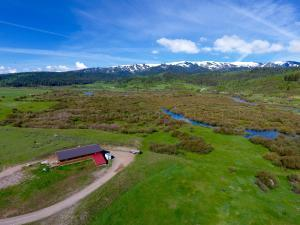 162 CABIN ROAD, Alpine, WY 83128