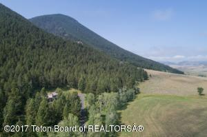 1675 TWIN CREEK SOUTH FORK RD, Jackson, WY 83001