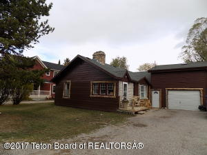 353 N TYLER AVE, Pinedale, WY 82941