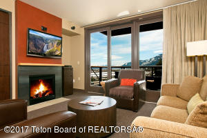 3335 W VILLAGE DR, Teton Village, WY 83025