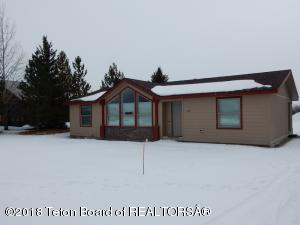 690 E HOWARD AVE, Driggs, ID 83422